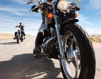 10 Razoes pelas quais voce deve comprar uma moto e nao um carro
